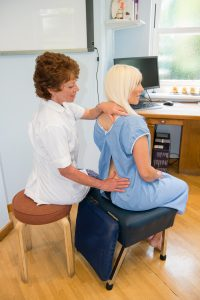 chiropractic treatment by our chelmsford chiropractor at cliffs chiropractic